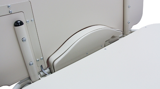 Footboard inside with tamper-resistant screws and no exposed wiring